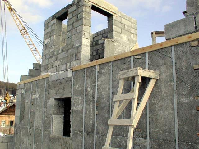 Строительство дома, коттеджа из пеноблоков